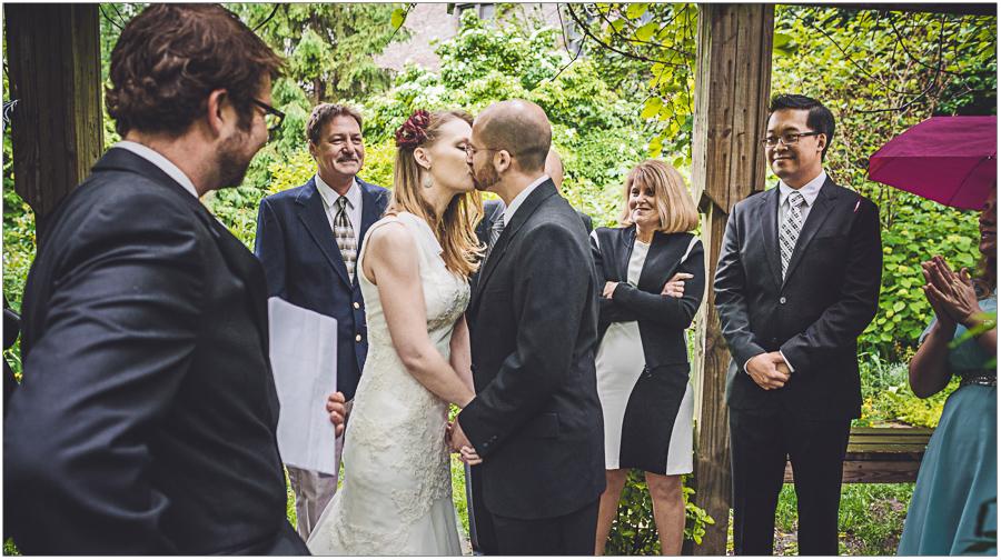 First Kiss 6BC botanical garden Wedding