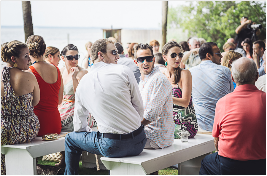 31-Wedding-Guests